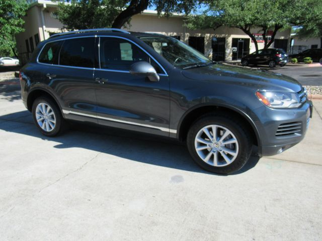 2013 Volkswagen Touareg Sport w/Nav Austin , Texas 7