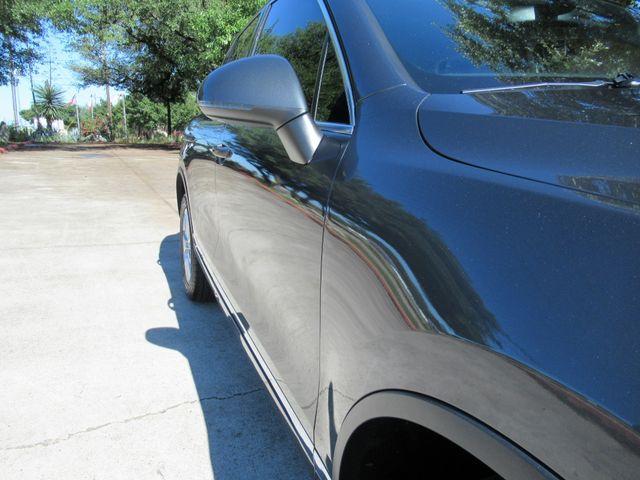 2013 Volkswagen Touareg Sport w/Nav Austin , Texas 6