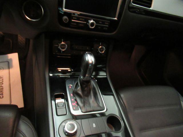 2013 Volkswagen Touareg Sport w/Nav Austin , Texas 14