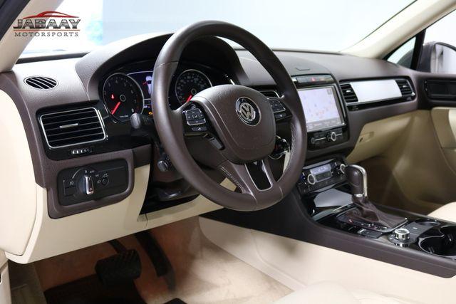 2013 Volkswagen Touareg Sport w/Nav Merrillville, Indiana 9
