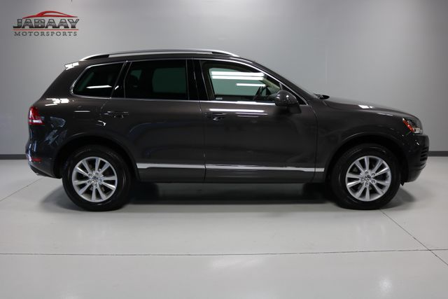 2013 Volkswagen Touareg Sport w/Nav Merrillville, Indiana 5