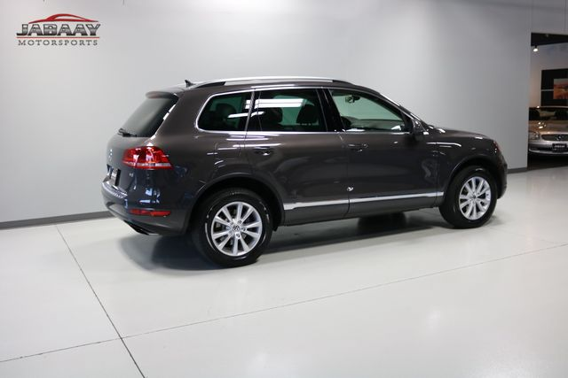 2013 Volkswagen Touareg Sport w/Nav Merrillville, Indiana 41