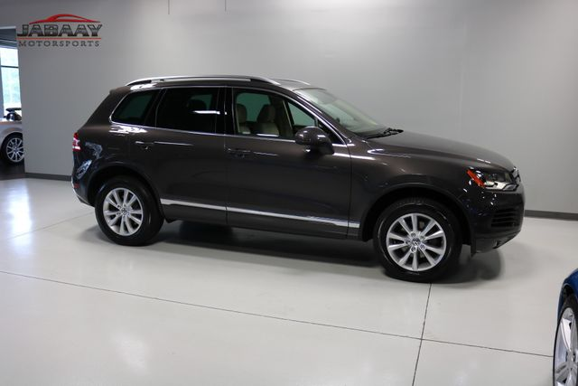 2013 Volkswagen Touareg Sport w/Nav Merrillville, Indiana 44