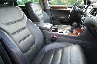 2013 Volkswagen Touareg Lux Naugatuck, Connecticut 10