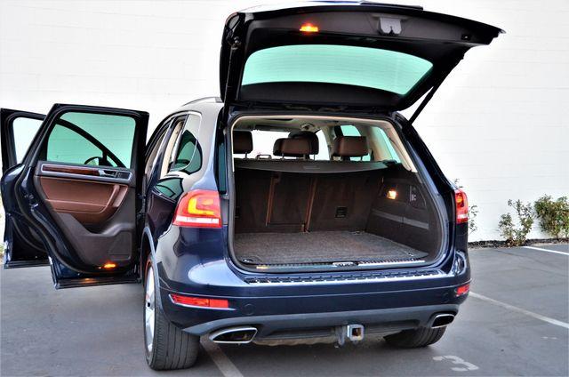 2013 Volkswagen Touareg Lux Reseda, CA 22