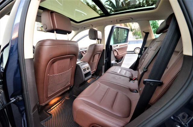 2013 Volkswagen Touareg Lux Reseda, CA 9
