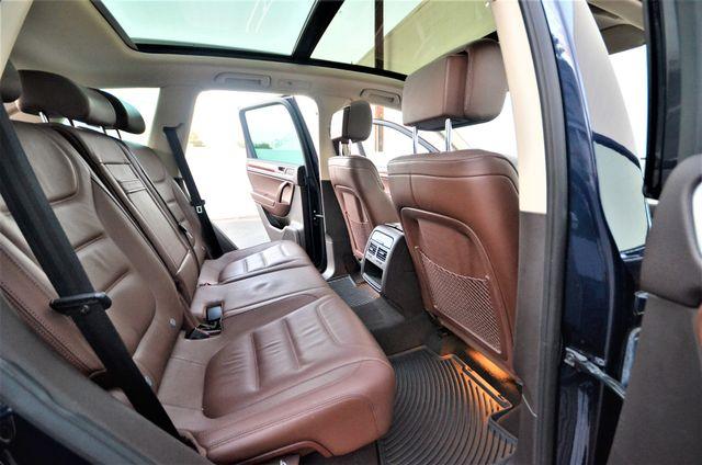 2013 Volkswagen Touareg Lux Reseda, CA 28