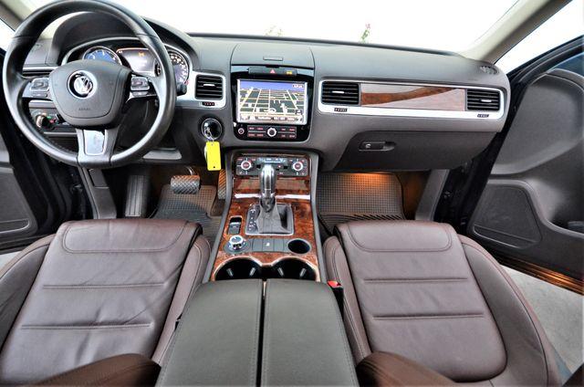 2013 Volkswagen Touareg Lux Reseda, CA 8