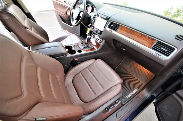 2013 Volkswagen Touareg Lux Reseda, CA 31
