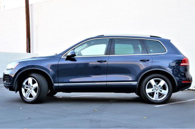 2013 Volkswagen Touareg Lux Reseda, CA 15