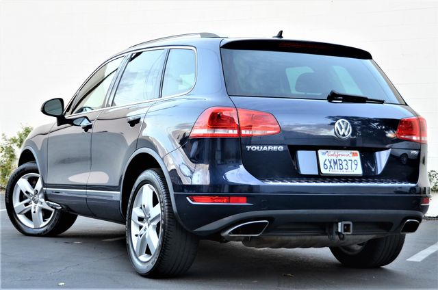 2013 Volkswagen Touareg Lux Reseda, CA 6