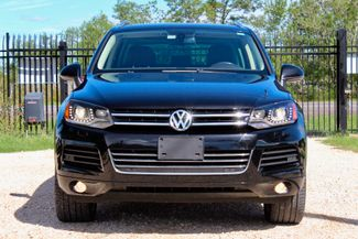 2013 Volkswagen Touareg Executive AWD 3.0L TDI Diesel Sealy, Texas 3