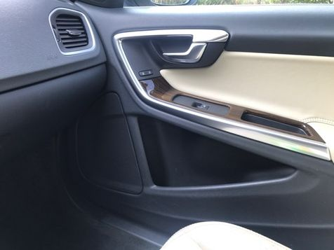 2013 Volvo S60 T5 AWD  | Malvern, PA | Wolfe Automotive Inc. in Malvern, PA