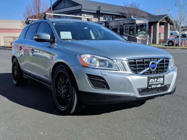 2013 Volvo XC60 T6 Platinum AWD $4k in Accessories Only 38k Miles Bend, Oregon 2