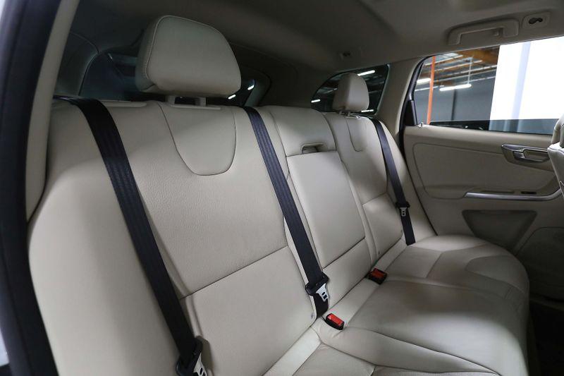 2013 Volvo XC60 32L Premier - AWD - Navigation  city California  MDK International  in Los Angeles, California