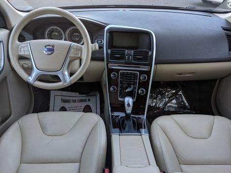 2013 Volvo XC60 ((**T6 PREMIER PLUS//AWD//NAVI//BACK UP CAMERA**))  in Campbell, CA