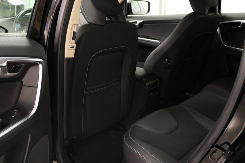 2013 Volvo XC60 32L Premier  city NC  The Group NC  in Mansfield, NC