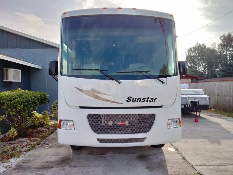 2013 Winnebago ITASCASUNSTAR   city FL  Manatee RV  in Palmetto, FL