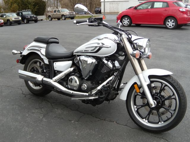 2013 Yamaha V Star 950 Tourer in Ephrata, PA 17522