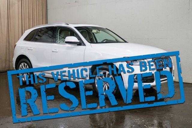 2014 Audi Q5 2.0T Premium Plus Quattro AWD Crossover with Heated Seats, Panoramic Moonroof and Keyless Start