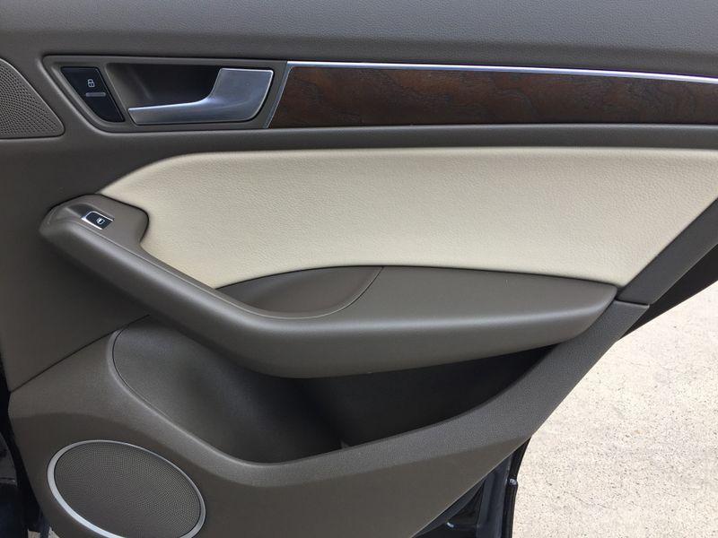 2014 Audi Q5 Premium Plus  Brownsville TX  English Motors  in Brownsville, TX