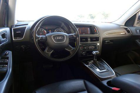 2014 Audi Q5 Premium* Pano Roof* AWD* Leather* EZ Finance** | Plano, TX | Carrick's Autos in Plano, TX