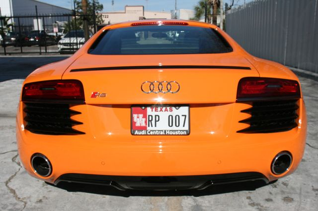 2014 Audi R8 Coupe V8 Houston, Texas 4