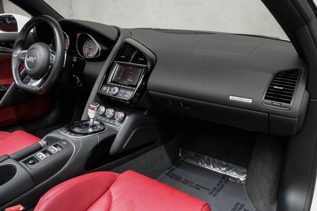 2014 Audi R8 Spyder V8 in Addison, TX 75001