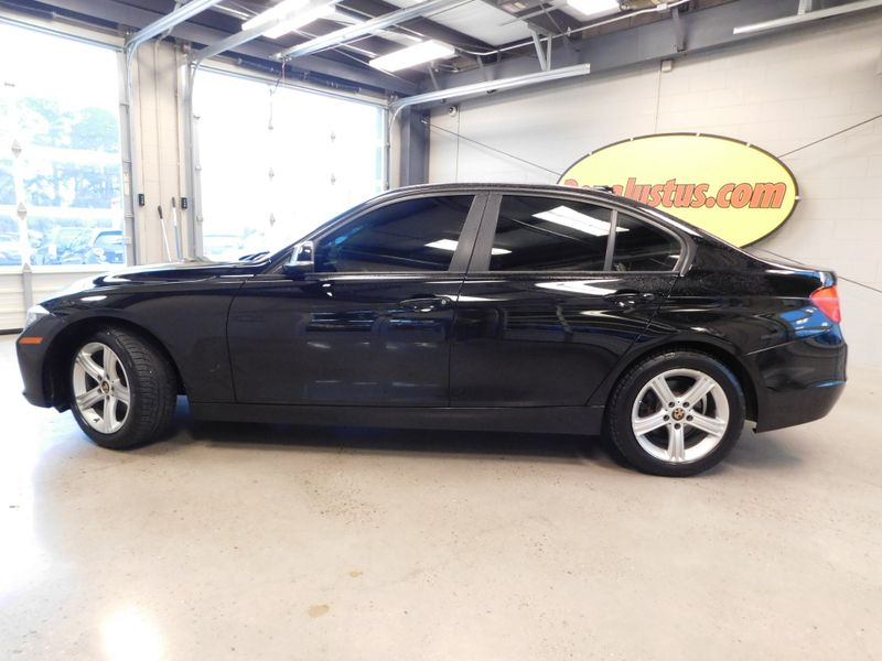 2014 BMW 320i I  city TN  Doug Justus Auto Center Inc  in Airport Motor Mile ( Metro Knoxville ), TN