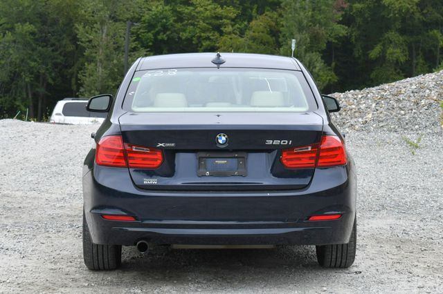 2014 BMW 320i xDrive Naugatuck, Connecticut 5