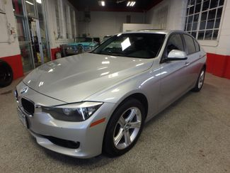 2014 Bmw 328i X-Drive, I-Drive, loaded up, stunning looks, very tight. Saint Louis Park, MN 7