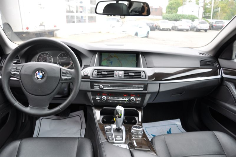 2014 BMW 528i xDrive   city MA  Beyond Motors  in Braintree, MA