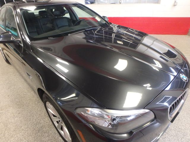 2014 Bmw 528 X-Drive, BEAUTIFUL RIDE!~ ALL WHEEL DRIVE Saint Louis Park, MN 27