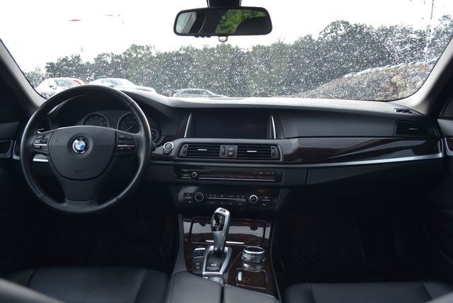 2014 BMW 535i xDrive Naugatuck, Connecticut 13