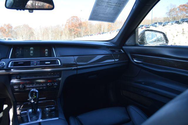 2014 BMW 750Li xDrive Naugatuck, Connecticut 17