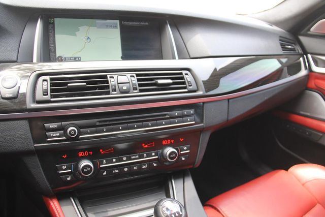 2014 BMW M5 6 SPEED MANUAL Santa Clarita, CA 18
