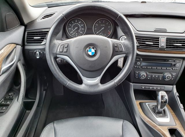 2014 BMW X1 xDrive28i AWD Premium w/Leather/Panoramic Sunroof in Louisville, TN 37777