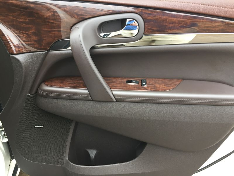 2014 Buick Enclave Leather  Brownsville TX  English Motors  in Brownsville, TX