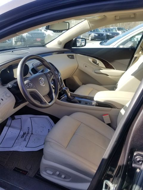2014 Buick LaCrosse Leather Newport, VT 3