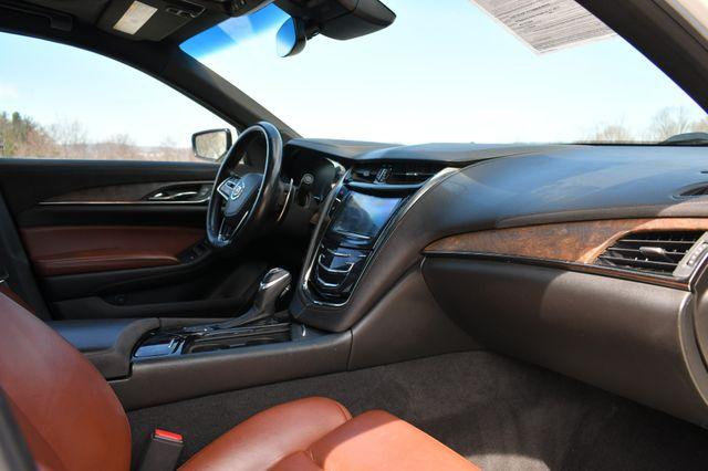 2014 Cadillac CTS Sedan Vsport RWD Naugatuck, Connecticut 10