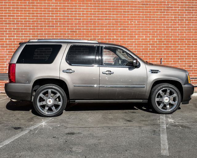 2014 Cadillac Escalade Luxury Burbank, CA 3