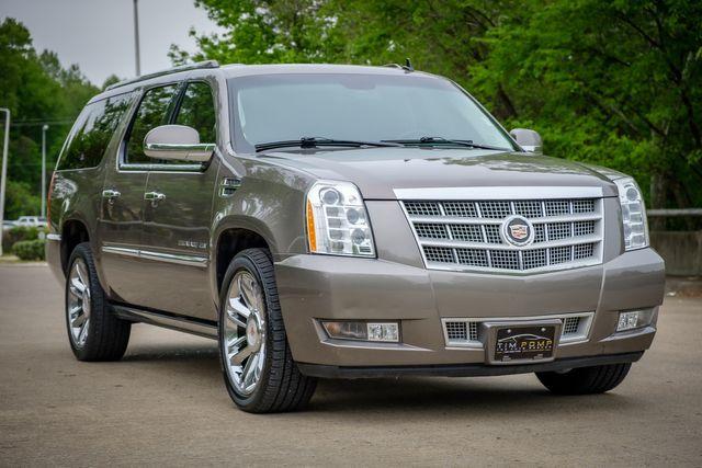 2014 Cadillac Escalade ESV Platinum in Memphis, TN 38115