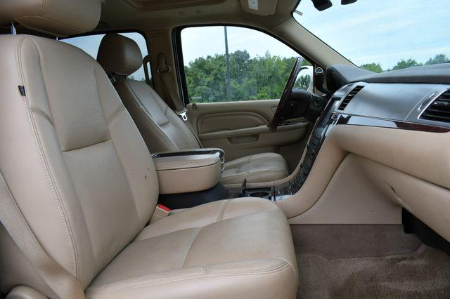 2014 Cadillac Escalade ESV Premium Naugatuck, Connecticut 9