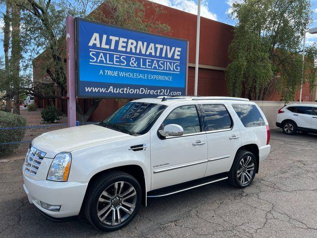 2014 Cadillac Escalade Luxury AWD 3 MONTH/3,000 MILE NATIONAL POWERTRAIN WARRANTY in Mesa, Arizona 85201