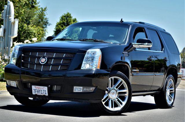 2014 Cadillac Escalade Premium in Reseda, CA, CA 91335