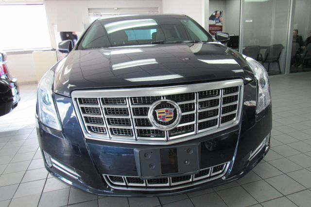 2014 Cadillac XTS Luxury W/NAVIGATION SYSTEM/ BACK UP CAM Chicago, Illinois 1