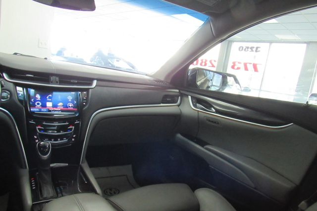2014 Cadillac XTS Luxury W/NAVIGATION SYSTEM/ BACK UP CAM Chicago, Illinois 14
