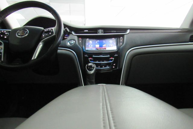 2014 Cadillac XTS Luxury W/NAVIGATION SYSTEM/ BACK UP CAM Chicago, Illinois 17