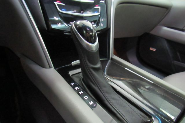 2014 Cadillac XTS Luxury W/NAVIGATION SYSTEM/ BACK UP CAM Chicago, Illinois 28