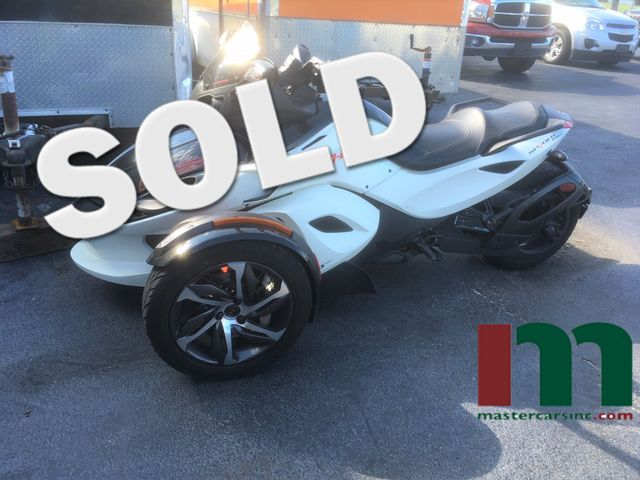 2014 Can-Am™ Spyder RS-S | Granite City, Illinois | MasterCars Company Inc. in Granite City Illinois